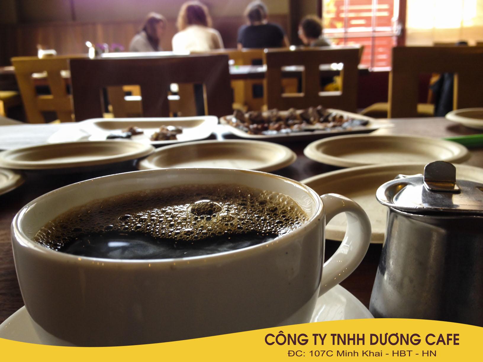 Quán cà phê nơi góc phố cổ kính